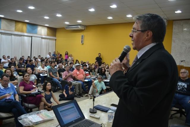 Vilson Romero alerta sobre o fracasso do modelo chileno de capitalização