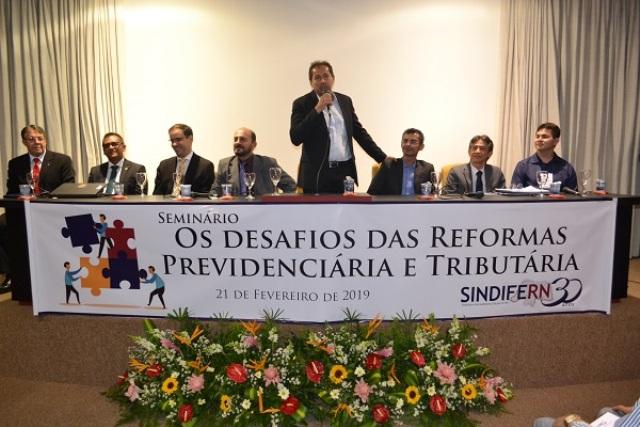 Reformas previdenciária e tributária na pauta de evento do Sindifern