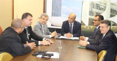 Entidades discutem regime de transição na Liderança do Governo